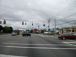 New York State Route 109 - NY 109 westbound at the junction with CR 2 (Straight Path) in Babylon