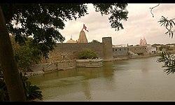 Narayan Sarovar, awesome temple.JPG