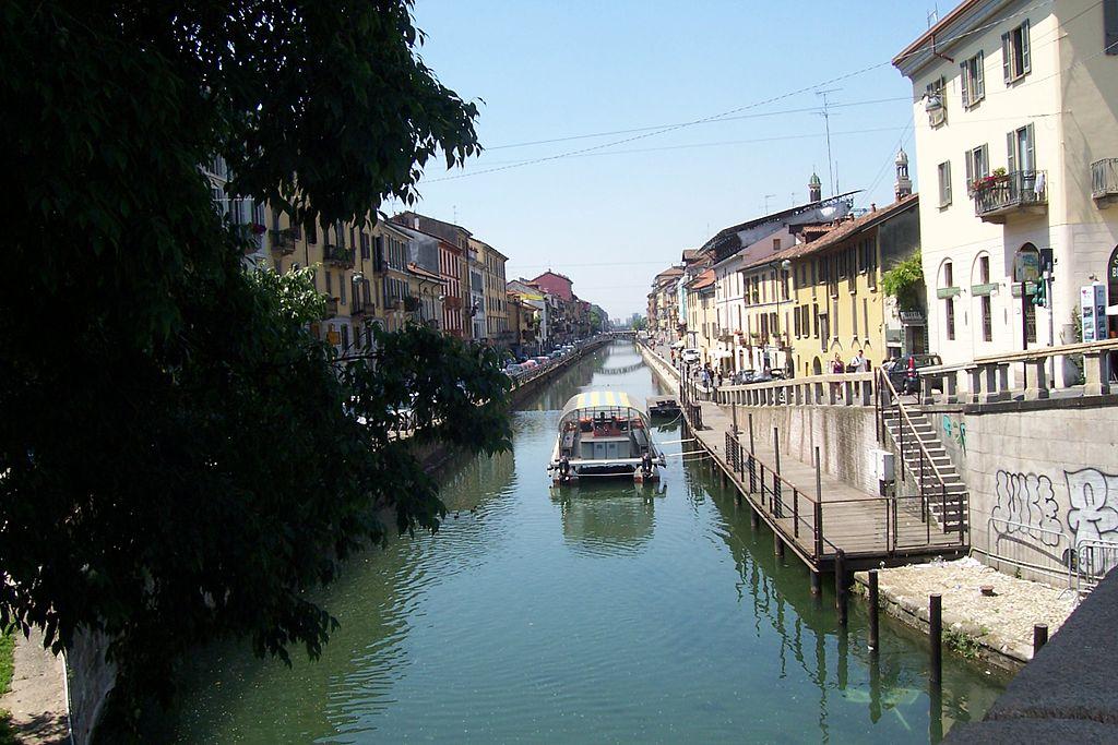 Navigli di Milano Naviglio Grande02