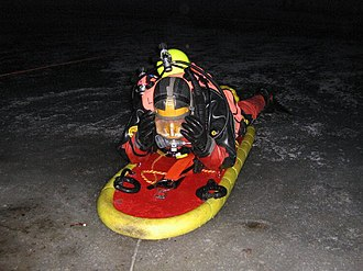 Police diving - Nesconset FD Scuba rescue team surface ice rescue training