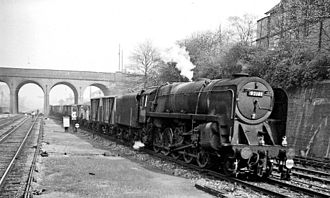 New Southgate railway station - Up ECML mineral at New Southgate in 1962