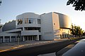 New Wing Crocker Art Museum - panoramio.jpg