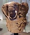 Nigeria, nok, personaggio in bassorilievo, VI sec. ac.-VI dc ca. 02.JPG
