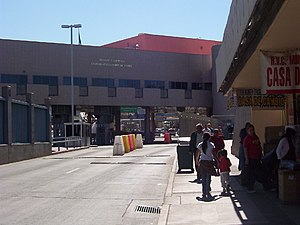 Border checkpoint - Image: Nogales Grand Avenue Port of Entry