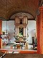Ołtarz kościoła parafialnego w Kruklankach.jpg