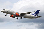 OY-KAW A320 SAS (14600893670).jpg