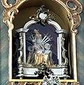 Oberzell Alte Kirche Hochaltar Pietà.jpg