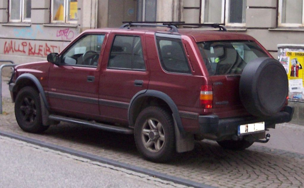 http://upload.wikimedia.org/wikipedia/commons/thumb/4/4a/Opel_Frontera_hl_red.jpg/1024px-Opel_Frontera_hl_red.jpg