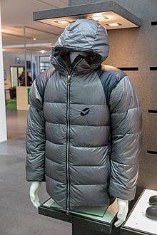 9bc03a11903 Down jacket - Wikipedia