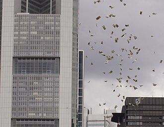 Publicity stunt - Image: PEACE Money Balloons Frankfurt Main