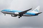 PH-BGF Boeing 737-700 KLM (14728541073).jpg