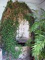 Palazzo budini gattai, interno limonaia, fontanella 01.JPG