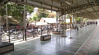 Palghar railway station - Image: Palghar railway station EMU halt