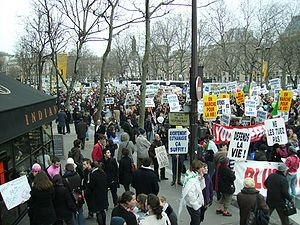 Partial view of the Paris 2009 pro-life march ...