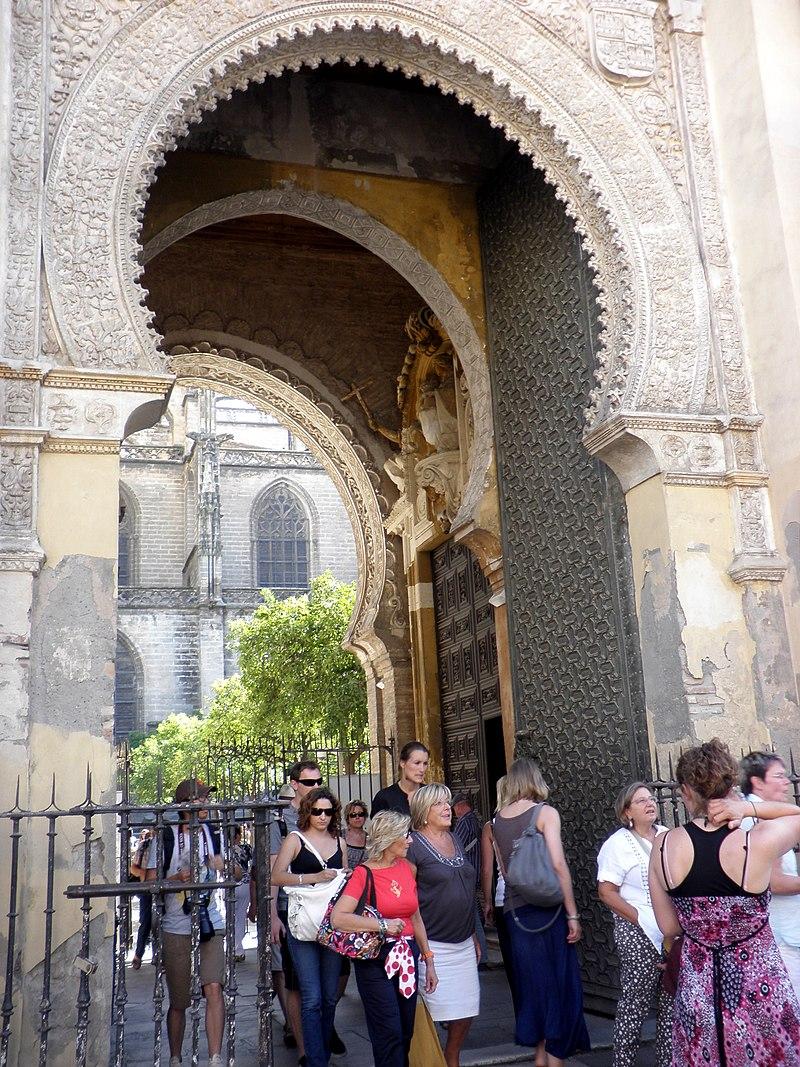 Patio de los Naranjos 002 - Sevilla.jpg