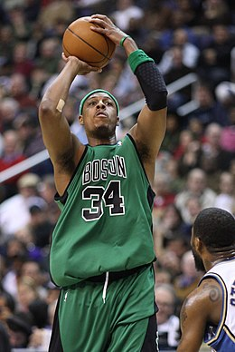online retailer 4b15f a62db Paul Pierce - Wikipedia