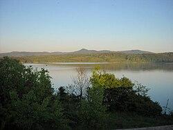 Peisaj la Lacul Taut.jpg