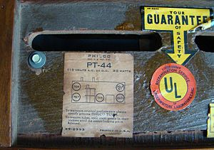 All American Five - Image: Philco radio model PT44 bottom