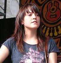 Photographie de Keren Ann au Bluesfest d'Ottawa Ottawa 16-07-2005.jpg