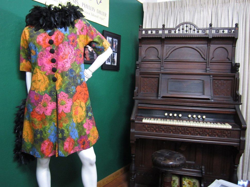 Phyllis Diller stage costume and pump organ at the Alameda Museum, California