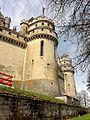 Pierrefonds (60), château, côté est 1.jpg