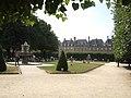 Place des Vosges (43720867131).jpg