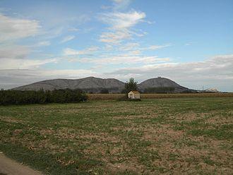 Empordà - Landscape of the Montgrí Massif in the Empordà region.