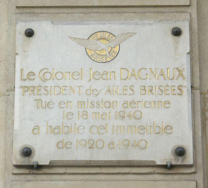 Fichier:Plaque Jean Dagnaux, 86 boulevard Malesherbes, Paris 8.jpg