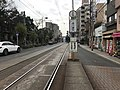 Platform of Sumiyoshi-Toriimae Station.jpg
