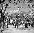 Plaza Bolivar in Caracas in Venezuela met het ruiterbeeld van Simon Bolivar, Bestanddeelnr 252-8433.jpg