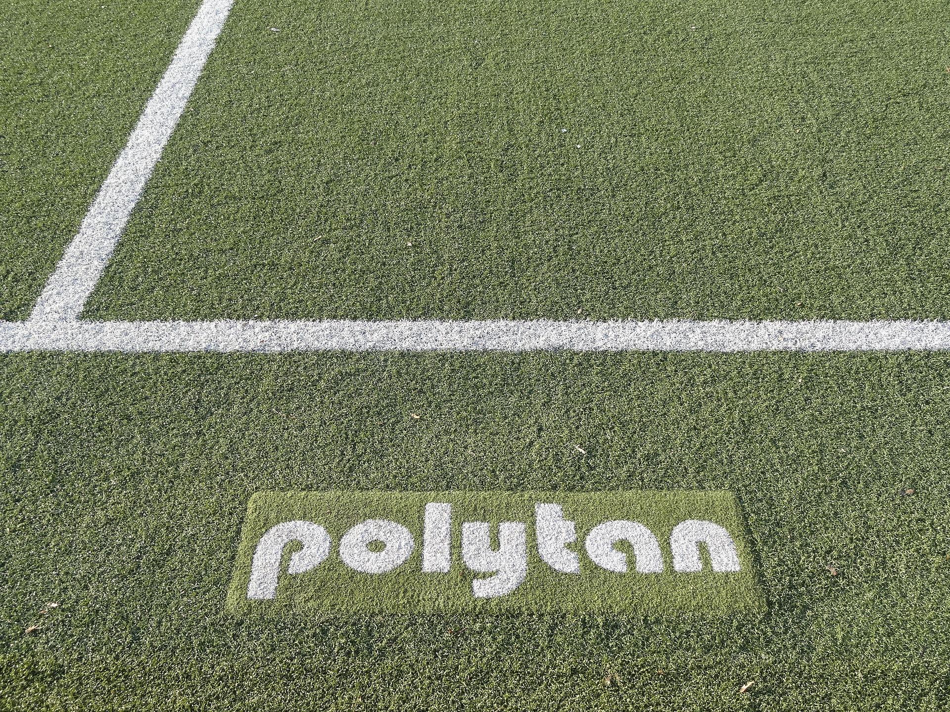 1920px-Polytan_02.JPG