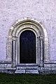 Portal norte da nave da igrexa de Lau.jpg