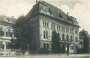 Prefect (Romania) - The prefecture of the former Târnava-Mică County in Diciosânmartin (now Târnăveni)