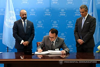 Philippines and weapons of mass destruction - Philippine Foreign secretary Alan Peter Cayetano signing the Treaty on the Prohibition of Nuclear Weapons.