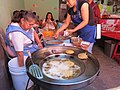 Puesto de gorditas fritas en Querétaro 01.jpg