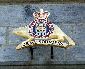 The Canadian Crown and the Canadian Armed Forces - The emblem of the Royal 22<sup>e</sup> Régiment at the Citadelle of Quebec, with a St. Edward's Crown indicating the sovereign's place as commander