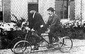 Quadricycles-tandem pour parcourir le parc agricole d'Achères.jpg