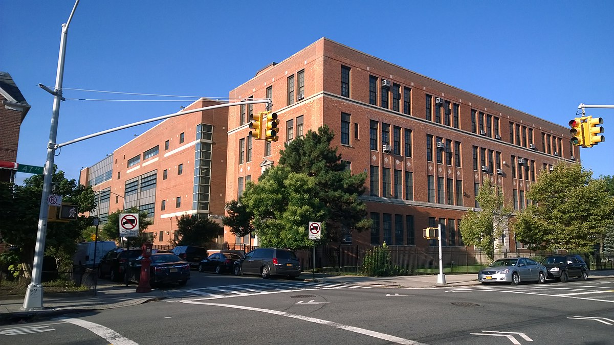 queens technical wikipedia vocational
