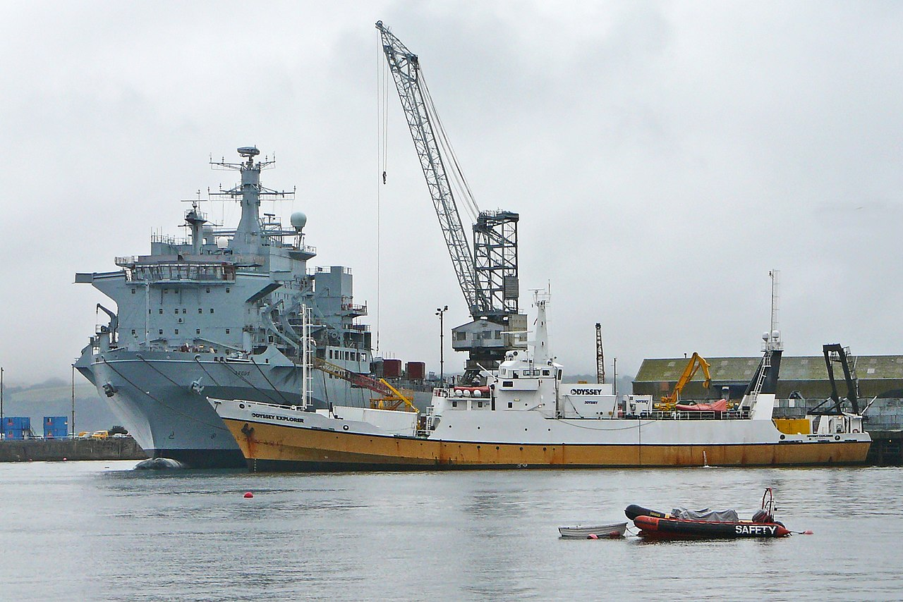 1280px-RFA_Argus_and_Odyssey_Explorer_in