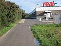 Radweg hinter Real-SB-Warenhaus Düren, 27. 08. 2011. - panoramio.jpg