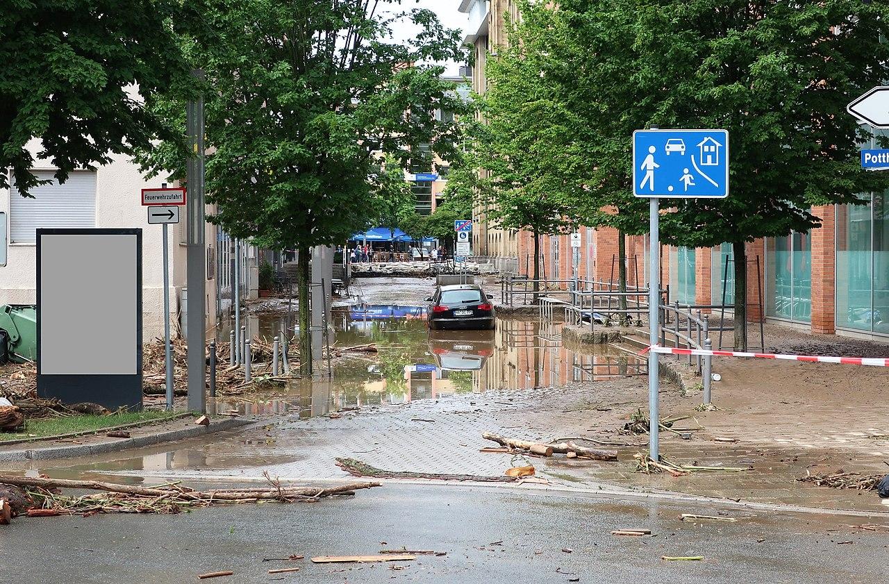 Rathausstraße Hochwasser (12).jpg