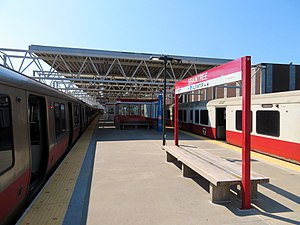 Red Line trains at Braintree station (2), August 2018.JPG