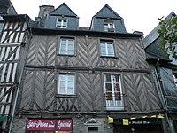Rennes 18placeSainte-Anne.jpg
