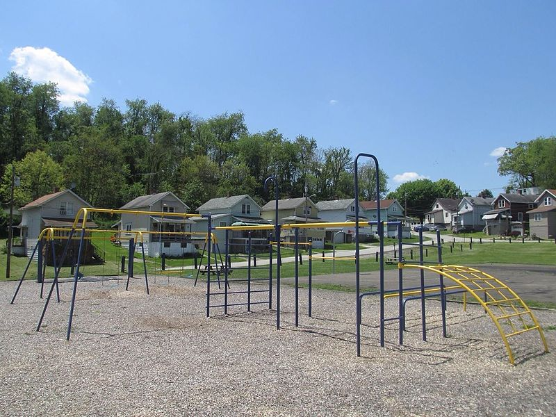 File:Richeyville Community Playground is a small park in Richeyville Pennsylvania of Washington County- The park was renovated by Jacob Ford of Richeyville for his Eagle Scout Project in the summer of 2013- Richeyv 2014-05-27 01-55.jpg