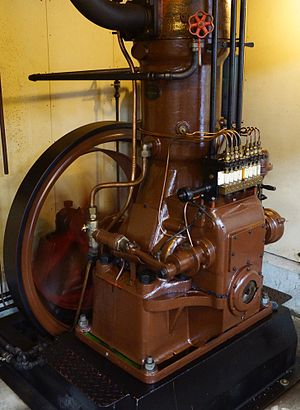 The Engine Collection - This Danish Rudolf Kramper engine may be the only one left in the World.