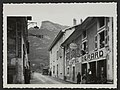 Rue de Sainte-Eulalie en Royan et Hôtel Bérard (33906431603).jpg