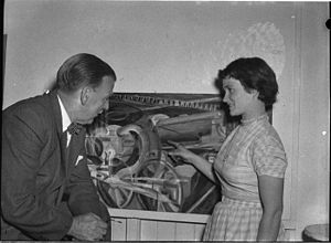 William Dobell - Sir William Dobell visiting an art class at the Newcastle Technical College Art School in 1956