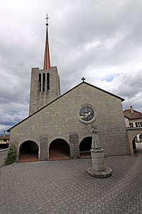Saint-Maurice Bussy May 2011.jpg
