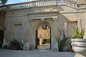 San Anton gardens-palace.jpg