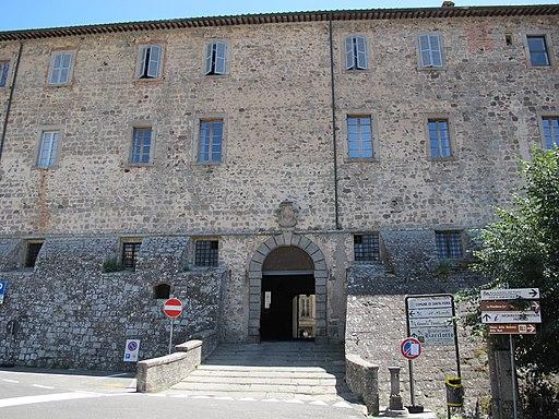 Santa Fiora, Palazzo Sforza Cesarini (Rocca Aldobrandesca), veduta del retro